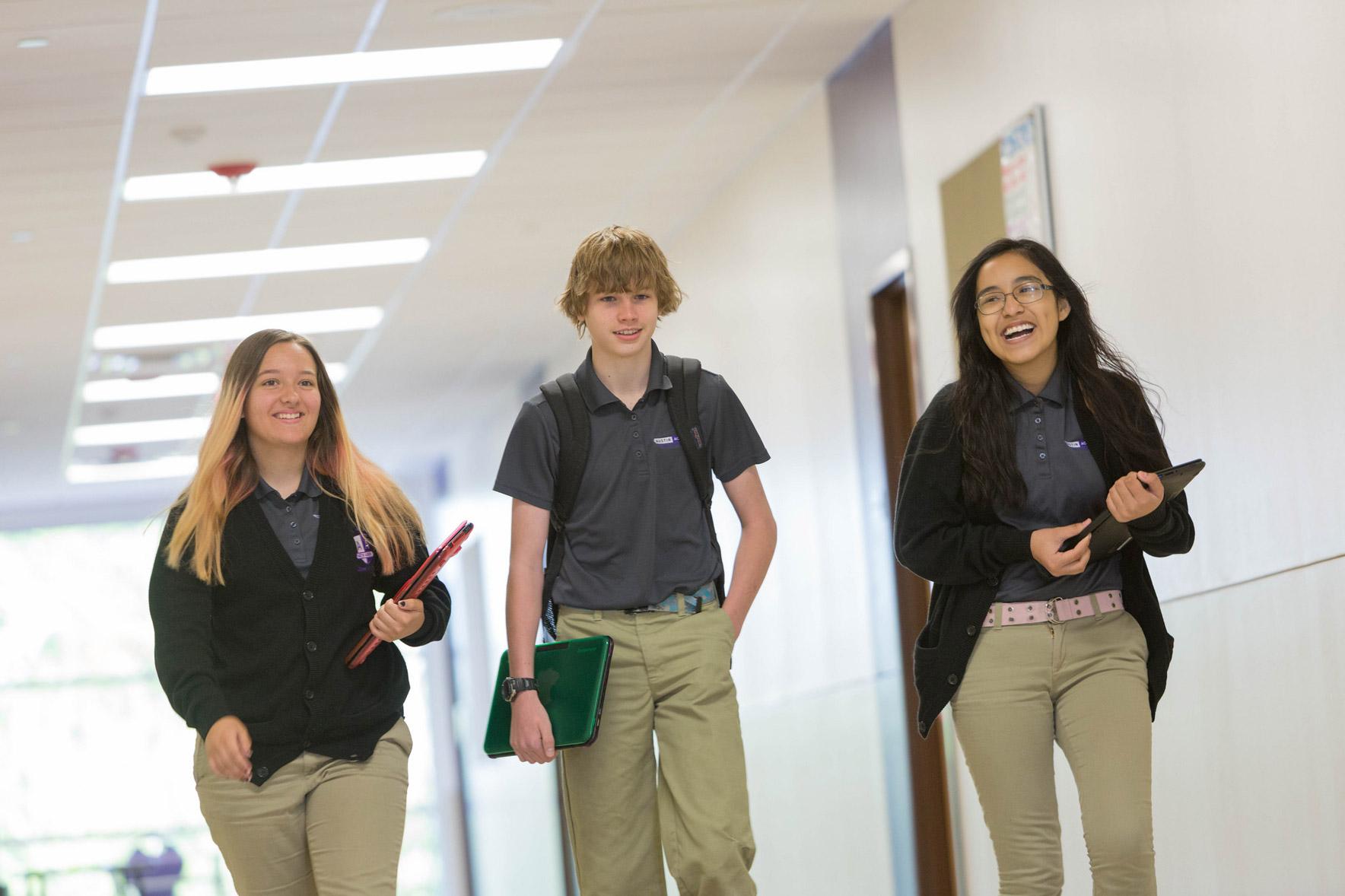Students Serena Murphy, Ian Wood, Odalys Contreras