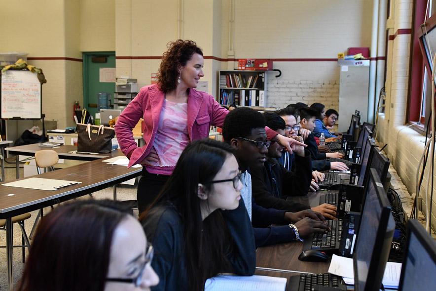 Classroom teacher, Ingrid Roche, instructing students